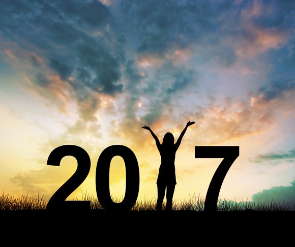 new-year-resolution-finances-2017-getty_large